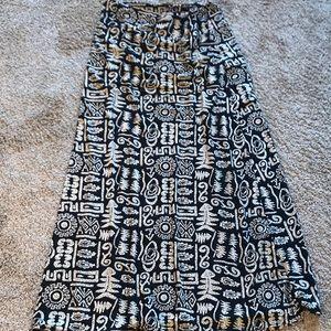 Dresses & Skirts - Patterned Maxi skirt